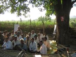 野外学校(FFS)での集落の人たち