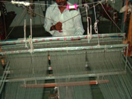 手織り織機