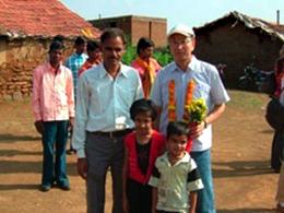 この村のbioRe社員とその子供たち